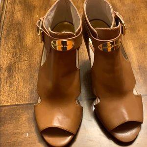 Open toed heels